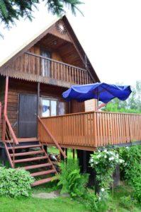 domek widok z zewnątrz www.solinadomek.pl solina domek wynajem